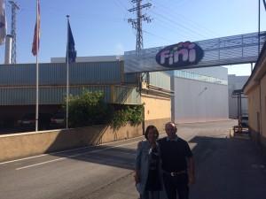 2015-06-12- Lucy (responsable Golosinas Fini China) y Carlos (gerente) visitan instalaciones Fini