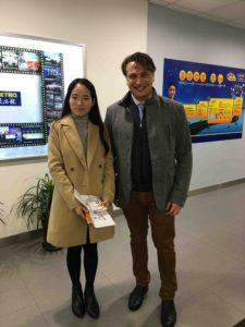 carmencita-visita-importadores-chinos-vender-especias-en-china-1
