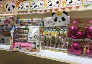 Productos de chocolates Lacasa en stand de importador